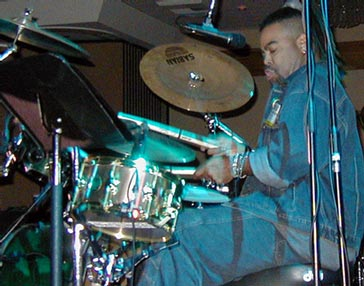 Herman Matthews : drums