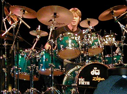 Tommy Igoe  : drums